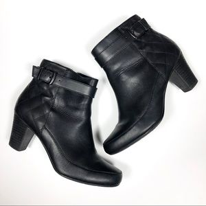 Clark's Black Quilted Ankle Boot